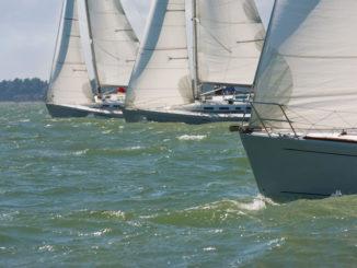 3 Segelyachten auf dem Meer