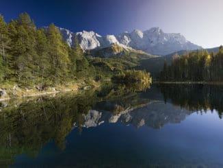 Eibsee mit Blick auf die Zugspitze