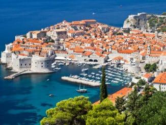 Altstadt von Dubrovnik am Meer