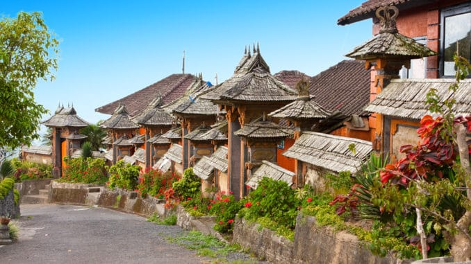 Landstraße auf Bali, Indonesien